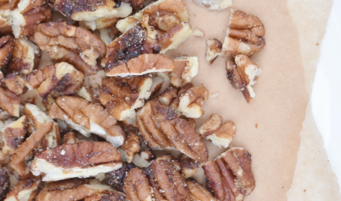 Cinnamon Maple Roasted Pecans